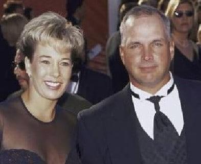 Garth Brooks wife